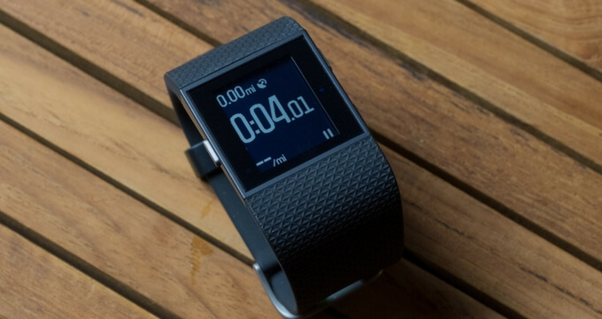 Fitbit-Surge-review-design-best-to-buy-usafitnesstracker.com