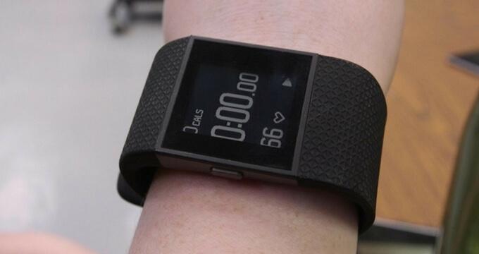 Fitbit-Surge-review-design-usafitnesstracker.com