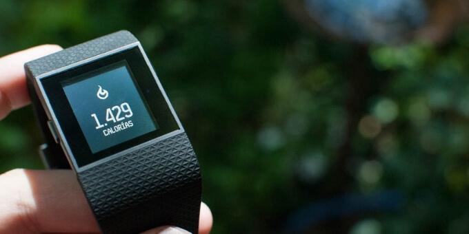 Fitbit-Surge-vs-Charge 2-usafitnesstracker.com