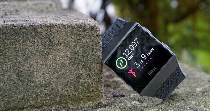 Fitbit-Ionic-review-design-tracker-usafitnesstracker.com
