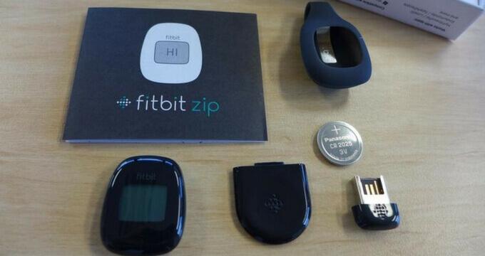 Fitbit-Zip-performance-battery-review-design-usafitnesstracker.com