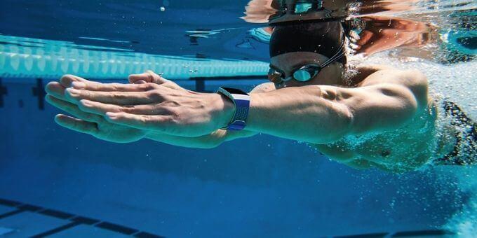 Fitbit-For-swim-usafitnesstracker.com